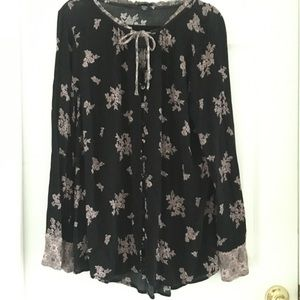 Torrid tunic long sleeves blouse/top  size 2